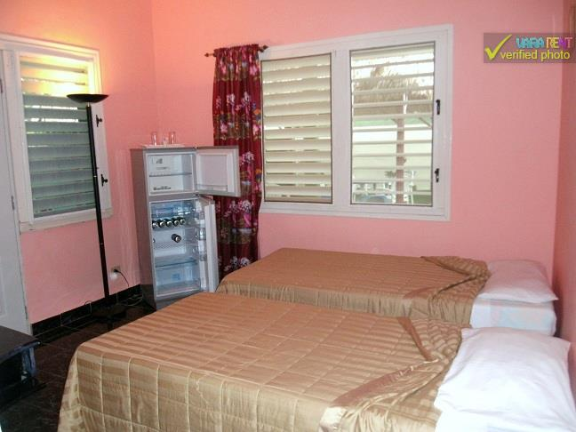 Caridad - Second bedroom with two full beds