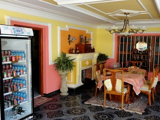 Pedrito - Shared terrace with stocked refrigerator, table and chairs